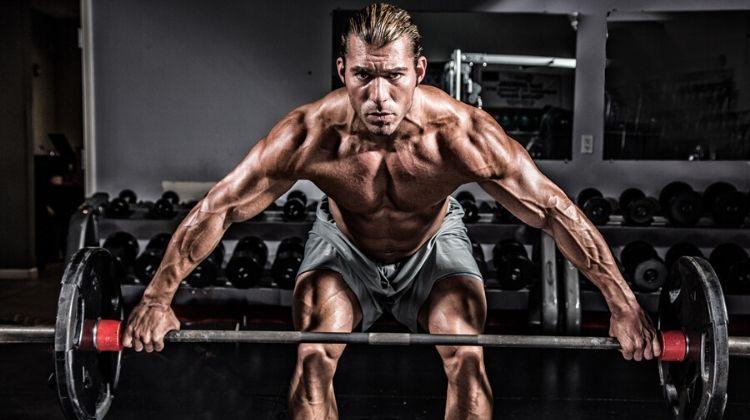 Comment devenir musclé : 4 facteurs d'une prise de masse efficace