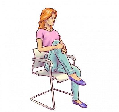 Elevation de genoux sur une chaise