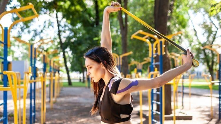 Focus sur les avis des bandes élastiques de Fitness Super-Humain